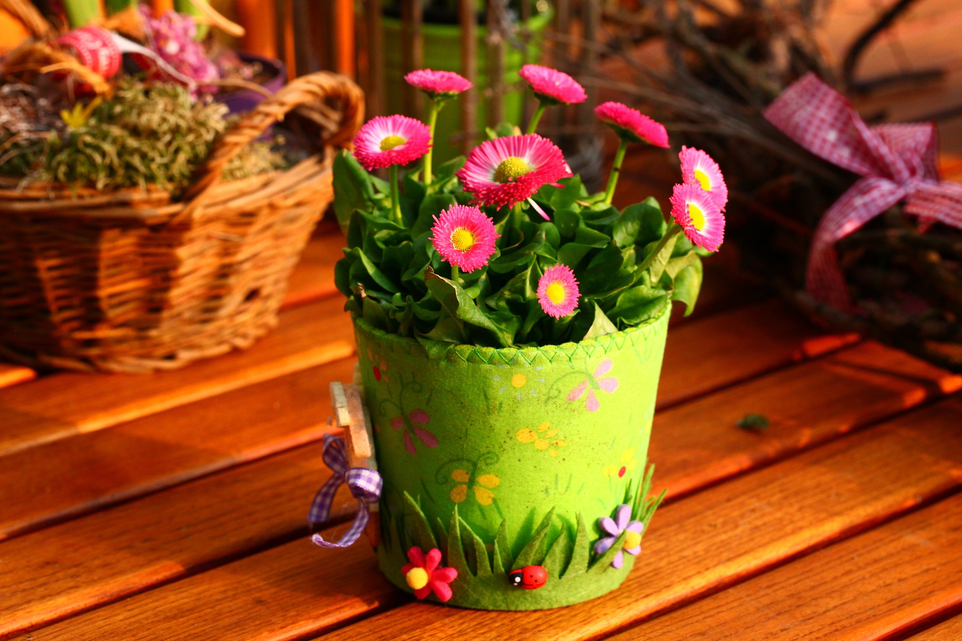 Five of the Best Gifts for Gardeners at Eastertime
