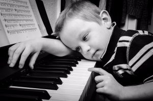learning to play piano, musical lessons, learning notes on scale,