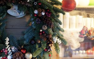 Share Your Joy at Christmas With Wonderful Decorations