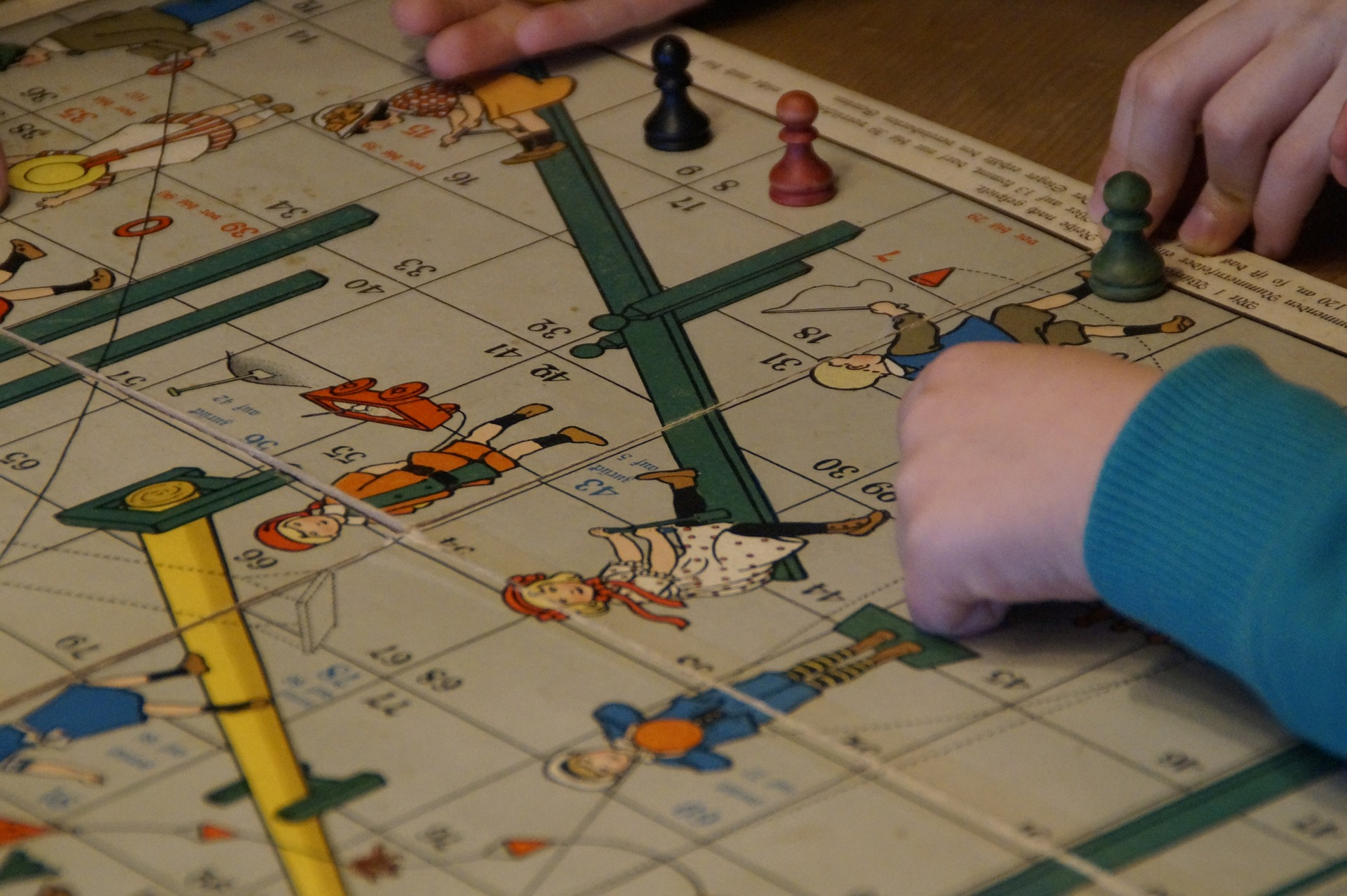 family games, playing with friends and family,