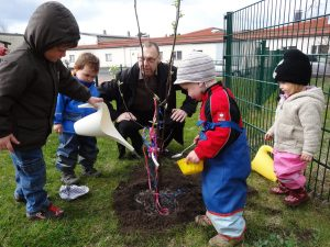 gardening with children, future gardeners, getting dirty in the garden