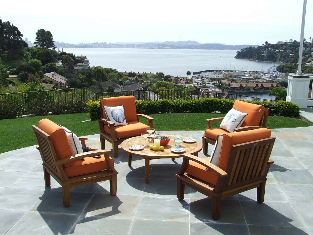 summertime outdoor furniture, summertime fun, summertime family gatherings